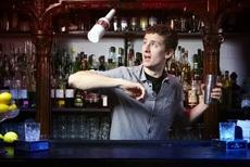 Nghiệp Vụ Biểu Diễn Pha Chế Rượu  (WORKING FLAIR)