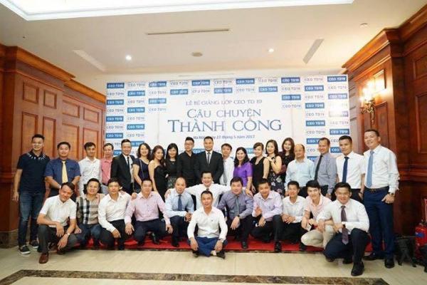 tập thể CEOTD 20 - Chương trình CEO Toàn diện
