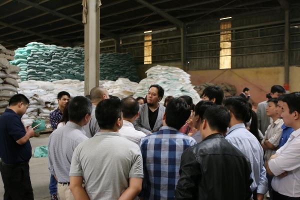 Học viên PTI - tham quan kiến tập tại nhà máy