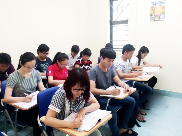 Lớp học ít người, chất lượng, uy tín