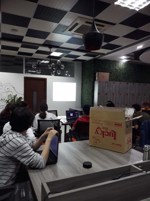 Khóa học thiết kế đồ họa Photoshop AI tại Đà nẵng - Vừa học vừa làm vừa nhận lương